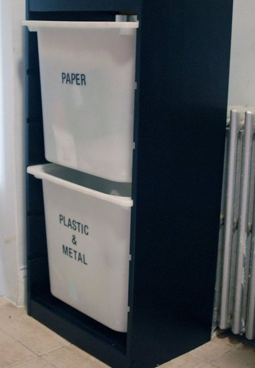 use ikea shlef for trash and recycling