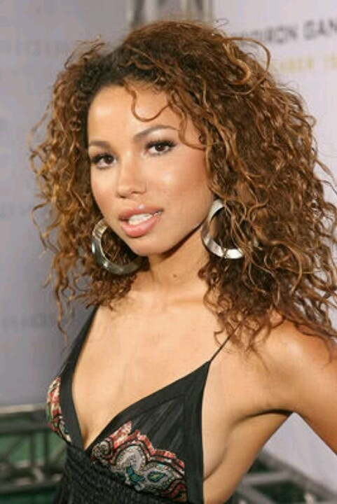 Jurnee Smollett ...curly brown love the earrings Star of WGN's Underground and of course you know her now famous Brother