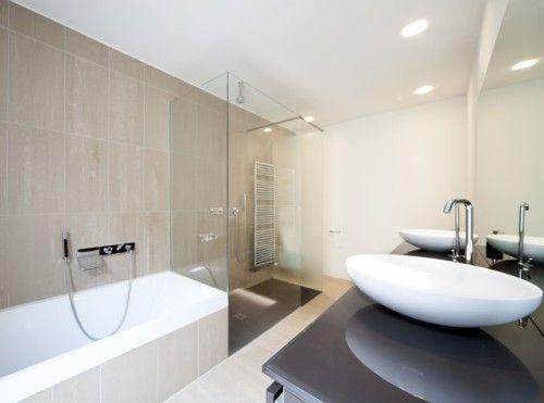 Een badkamer inrichten: wat zijn de belangrijkste basisregels? - Badkamer - Interieur - KnackWeekend.be
