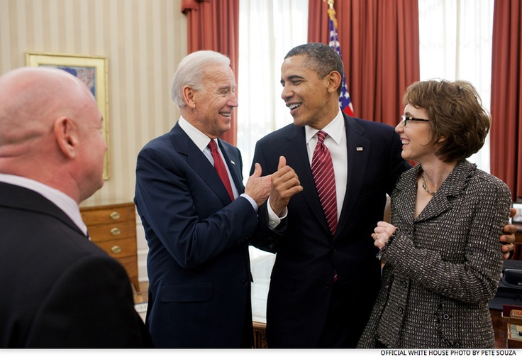 """Ooooh, Barry. Nice biceps.""Vice Presidents, Oval Offices, Gabrielle Gifford, Presidents Joe, Mark Kelly, Joe Biden, Ultralight Aircraft, White House, Barack Obama"