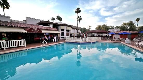 Scottsdale Camelback Resort | Travel to Arizona and stay here to experience it all!