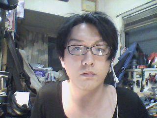 コスプレ】男性による男装(イケメン)メイク講座 : 8th Grade Syndrome 眉毛太い・洗顔後、化粧水(乾燥肌の人は乳液も)でケア・裸眼・すっぴん
