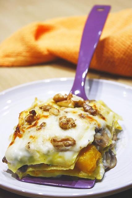 Lasagnetta con funghi, zucca e noci