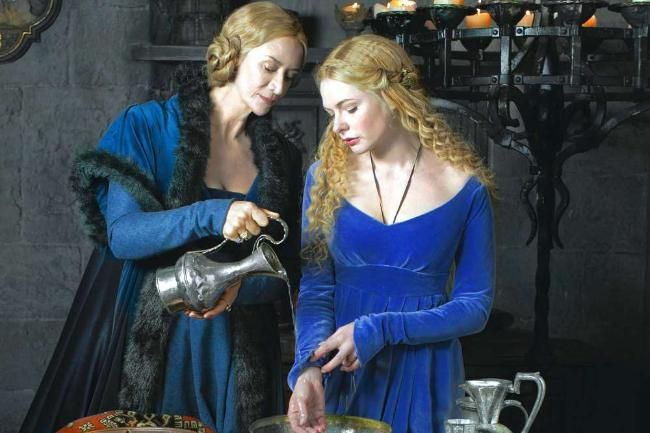 Janet McTeer as Jacquetta Woodville and Rebecca Ferguson as Elizabeth Woodville, who marries King Edward IV.