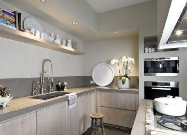 keuken met mooie ombouw