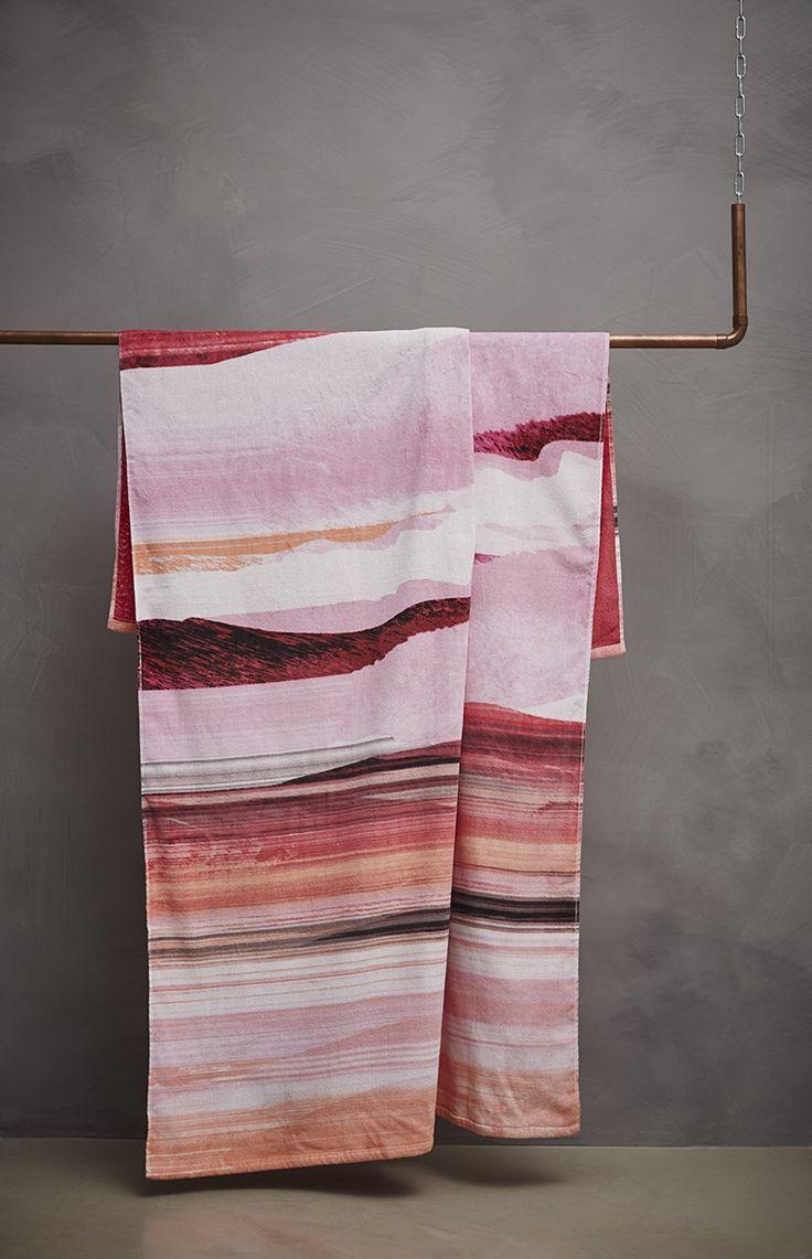 1000 id es sur le th me drap de plage sur pinterest drap serviettes de bain et toilettes. Black Bedroom Furniture Sets. Home Design Ideas