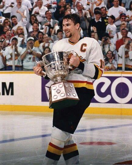 Trevor Linden | Vancouver Canucks | NHL | Hockey