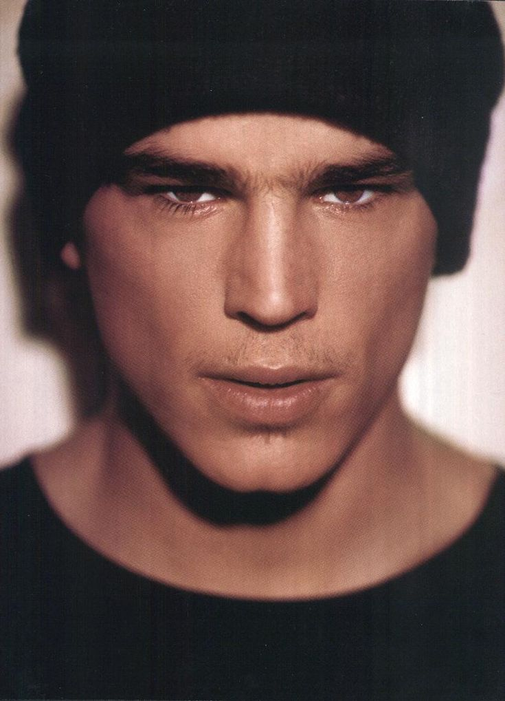 Josh Hartnett. Inspo for the Maddox brothers book series - Beautiful and Walking Disaster, Beautiful Oblivion by Jamie McGuire?