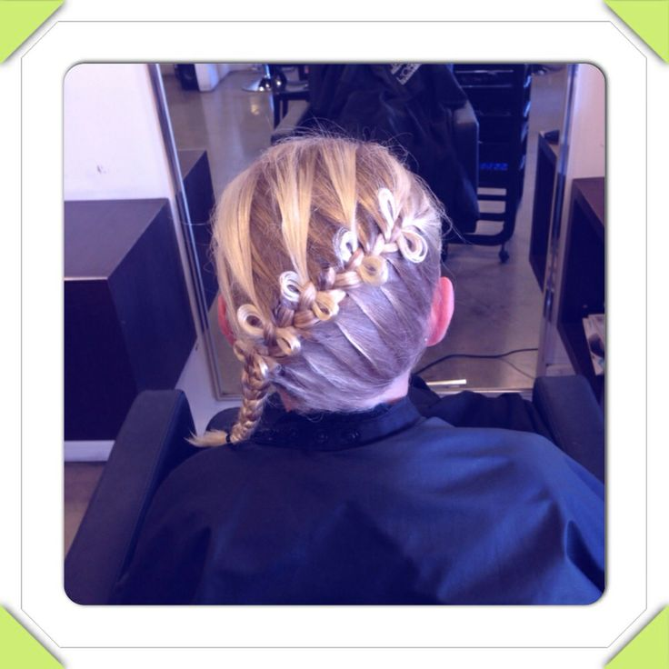Bow braid on one of my little clients ❤️