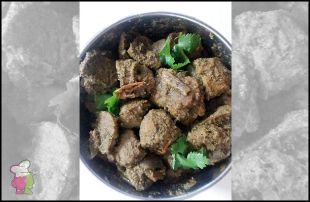 Soya Chunks Masala Curry - Learn the recipe of the spicy meal maker curry that goes well with both rice and roti at http://ourvivaha.com/vivahakitchen/recipe/soya-chunks-masala-curry/