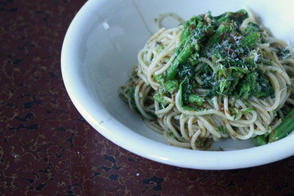 and sun dried tomatoes broccoli rabe with pasta and sun dried tomatoes ...