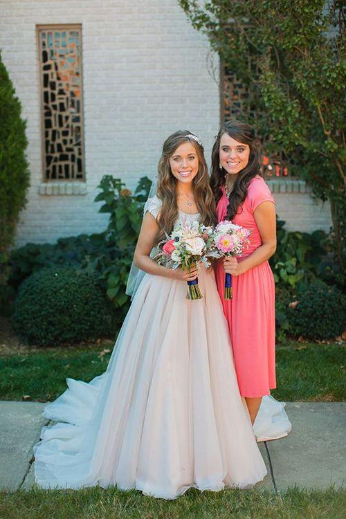 Jessa Duggar's light blush pink wedding dress looks like it was made for a fairy princess   Brides.com