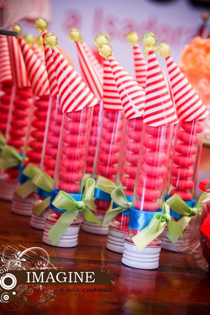 """Tubetes para festa com tema """"Circo"""". A Boutique de Encantos personaliza a sua festa. EMAIL: boutiquedeencantos@gmail.com www.facebook.com/boutiquedeencantos"""