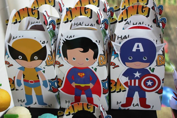 Superhero Favors