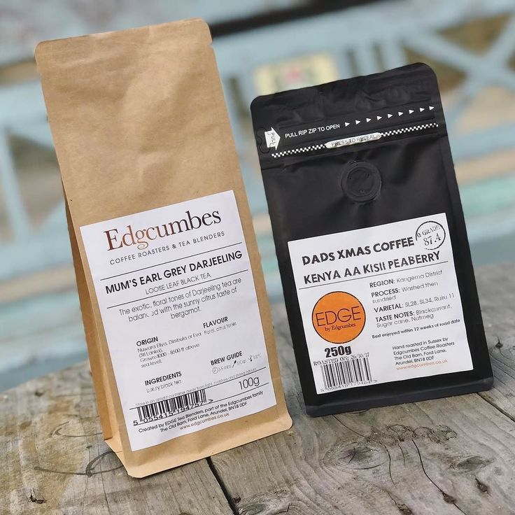 Buying loose leaf tea or freshly roasted coffee for a loved one this Christmas? Then how about going bespoke!  We can personalise your bag from FREE! Just let our baristas know in the shop or leave at note at checkout on our website!  #Edgcumbes #edgcumbescoffeeandtea #freshlyroasted #freshlyroastescoffee #teablenders #tealovers #coffeelovers #caffeinelovers #specialitycoffee #caffeinefix