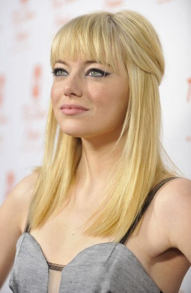 Emma StoneAuburn Hair, Dark Hair, Cat Eye, Emma Stones Blondes, Hair Makeup Nails, Beautiful, Hair Cut, So Pretty, Bangs