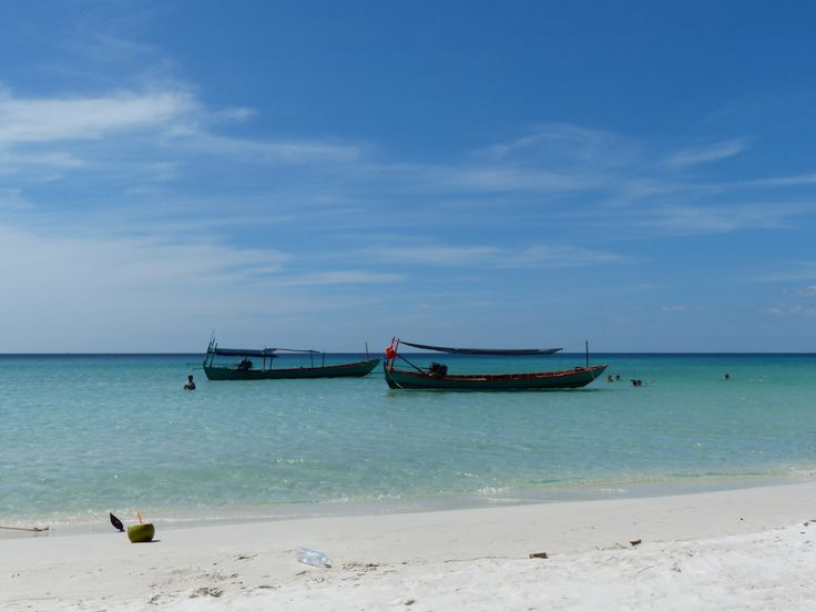 Long tail boat, beach in Cambodia, by Emma Tanner