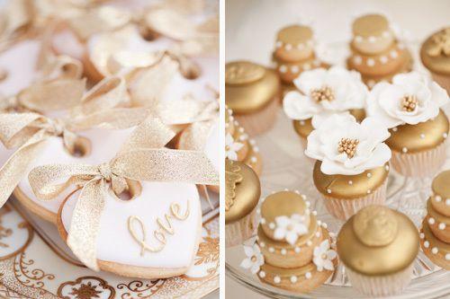 Søte Kjeks med glasur til bryllupsbordet <3