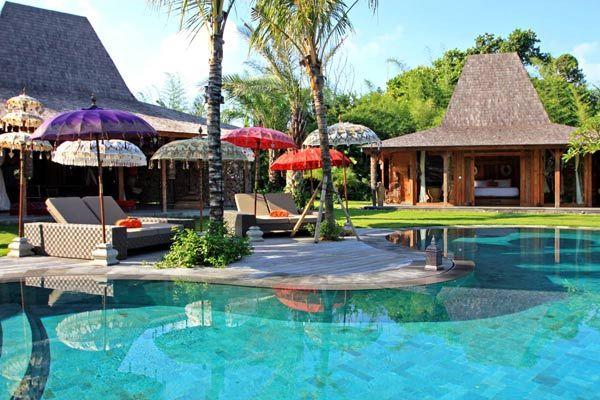 Kalua Villa -Geria Bali #geriabali #beautifuldestination #balivacation #balibible #balibucketlist #luxuryworldtraveler #destinosmaravilhososbyeli #holiday #balivilla #honeymoon #promo #discount #earlybird #villa #villalyf #villalife #thegoldlist #balidaily #theluxurylifestylemagazine #baliholiday #hgtv #indo