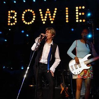David Bowie and Gail Ann Dorsey on stage ❤️ #bowie #BowieForever #pop #DavidBowieForever #starman #monday #gailanndorsey #rock #glamrock #70s #80s #90s #bringbowieback #stage #ineedbowie #LegendsOnly #picture #pictureoftheday #goodtimes #fashion #music #gentleman #greatpeople #thebest #concert #mood #beautifulbowie #デヴィッドボウイ #дэвидбоуи