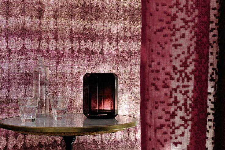 Patterns are amplified, sometimes shaded with bronze highlights. Silk is wild here and the colours are bold, Italian-style. #wallpaper #interiordesign #newcollection #talamone #elitis
