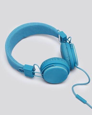 how to keep in ear headphones clean