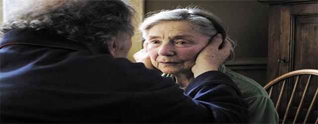 """Amour - Michael Haneke    Στο 65ο Φεστιβάλ Κινηματογράφου στις Κάννες απονεμήθηκε στον Michael Haneke ο χρυσός φοίνικας για την ταινία του """"Amour"""". Ένα κινηματογραφικό έργο εξ ολοκλήρου αφιερωμένο στην αγάπη, στην αφοσίωση, στα γηρατειά, στην φθορά και στον θάνατο."""