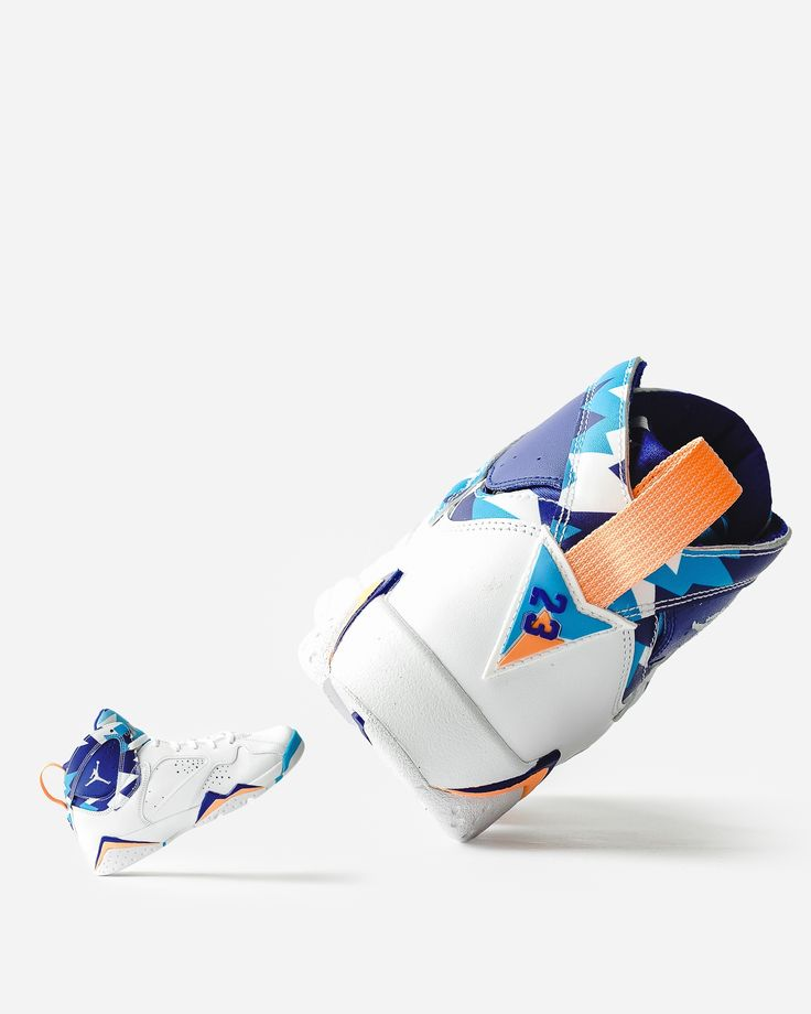 """""""Air Jordan 7 RETRO (GS)"""" • WHITE • / 139.95€ This Air Jordan 7 features an all-White leather upper with perforations on the side panels. Highlighting the shoe is a tribal-themed pattern on the tongue, ankle collar, and inner heel. Finishing details includes Chlorine Blue, Bright Mango, and a Navy hue accented throughout atop a White rubber sole. @jumpman23 @jordansdaily @jordandepot @airjordanfamily #airjordan #jordan #nike #sneakers #sneakerhead #aj #jumpman #Women #wmns"""