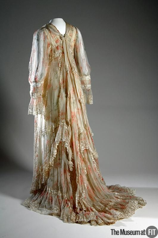 Fernande Burel  Off-white silk crimped chiffon with red and green carnation print, china silk and lace  c.1900  France