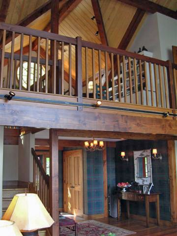 Gorgeous post and beam structure in the Conway Lodge. Click thru for more pics & fl plns. #barnhouseplans #timberframe #barnhomes