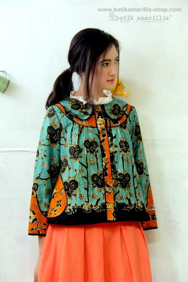 Batik Amarillis's West and girl ...The western inspired style of clothing is true staples that will suit and easily combined with your other outfits! This American west outfit style with superb cutting & idea is insanely beautiful and stylish, a true artwork concept ! AVAILABLE at Batik Amarillis webstore www.batikamarillis-shop.com