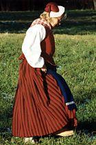 Pyhäjokialueen naisen kansallispuku