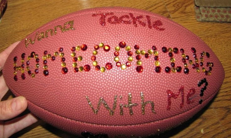Cute ways to ask someone to Homecoming...this is great if the guy asking is a football player.