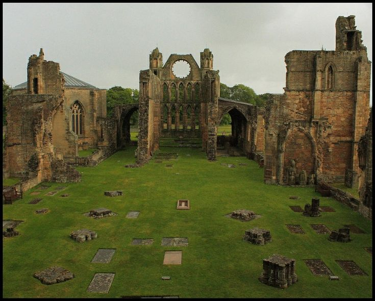 One of Scotland's most beautiful medieval buildings, Elgin Cathedral in northeast Scotland is a magnificent ruin, much of which dates back to the 13th century.