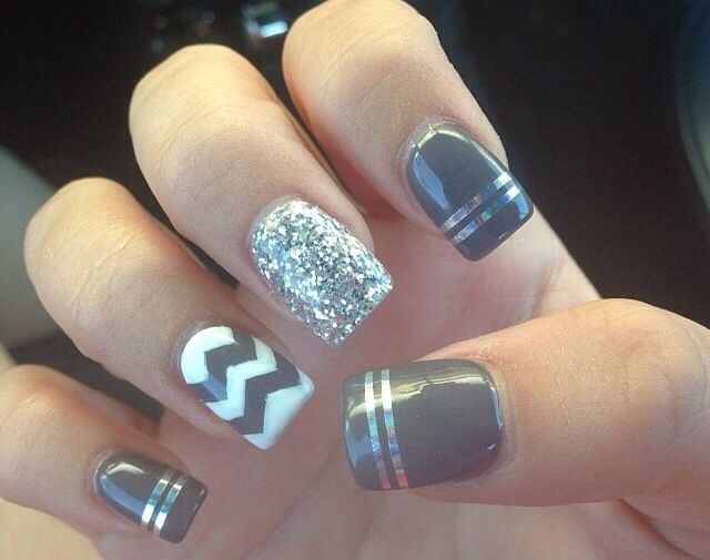 Grey and white zig zag and sparkle nail design
