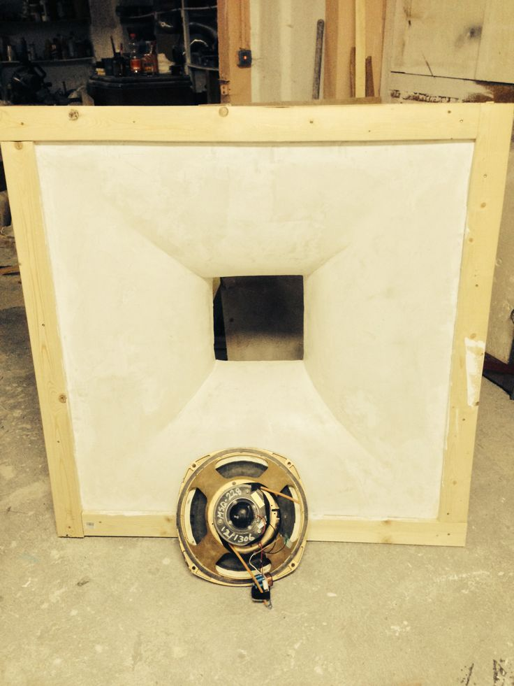"Tannoy 15""  front baffle horn, 120 x 120 cm"