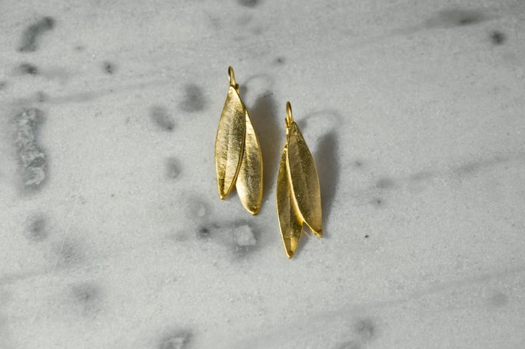 Handmade/earrings/base metal/gold plated/24 carats/white metal plated/olve leaves by CrownedCharm on Etsy