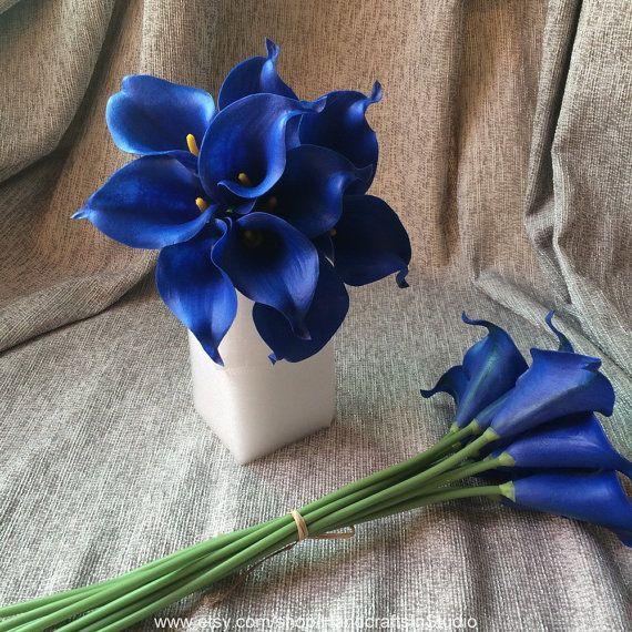 Bouquet de Lys Calla bleu royal 10 tiges de par HandcraftsInStudio