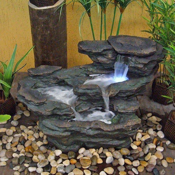 M s de 25 ideas incre bles sobre fuentes de agua en - Fuentes solares para jardin ...