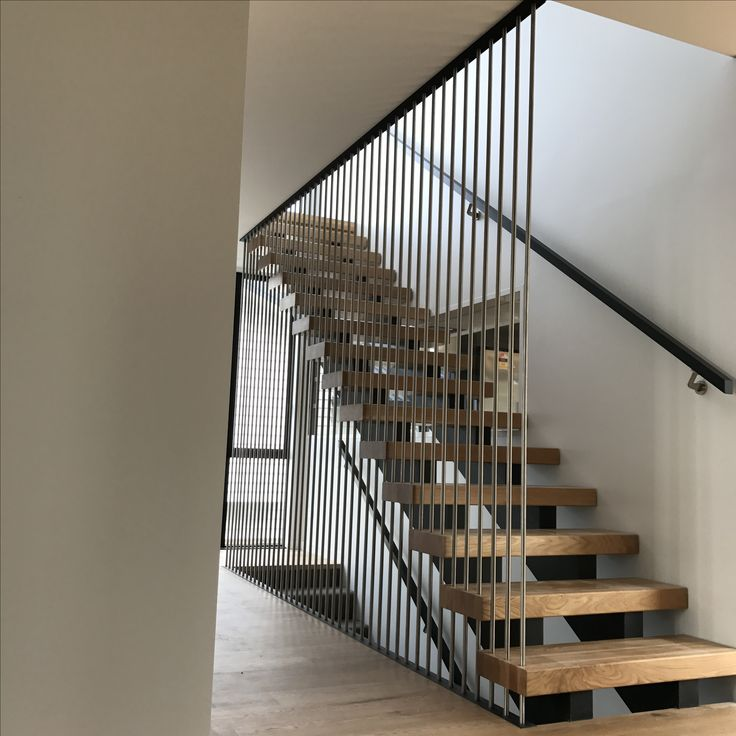 Oak stairs with steel rods