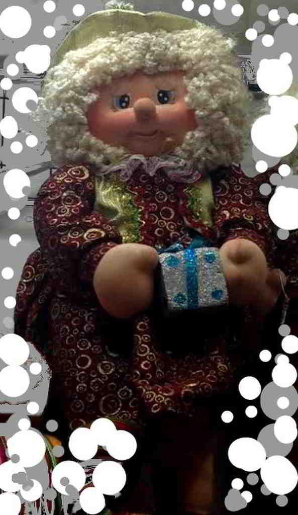 Molde: Noela grande entregando regalo