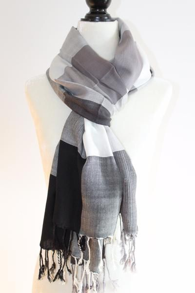 Plaid multi-coloured #scarf #handwoven by #artisans in the #Egyptian rural village of #Nagada. Available in different colours. #scarves #handmade #plaidscarf #check #blackandwhitescarf #unisex