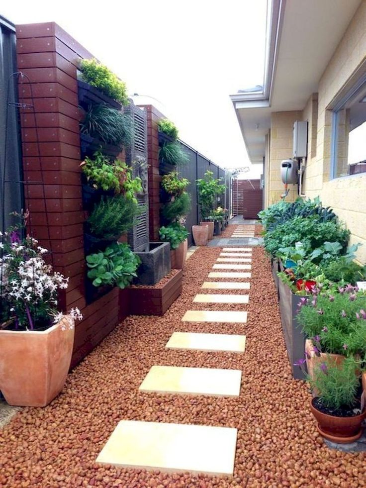 fresh and beautiful side yard landscaping