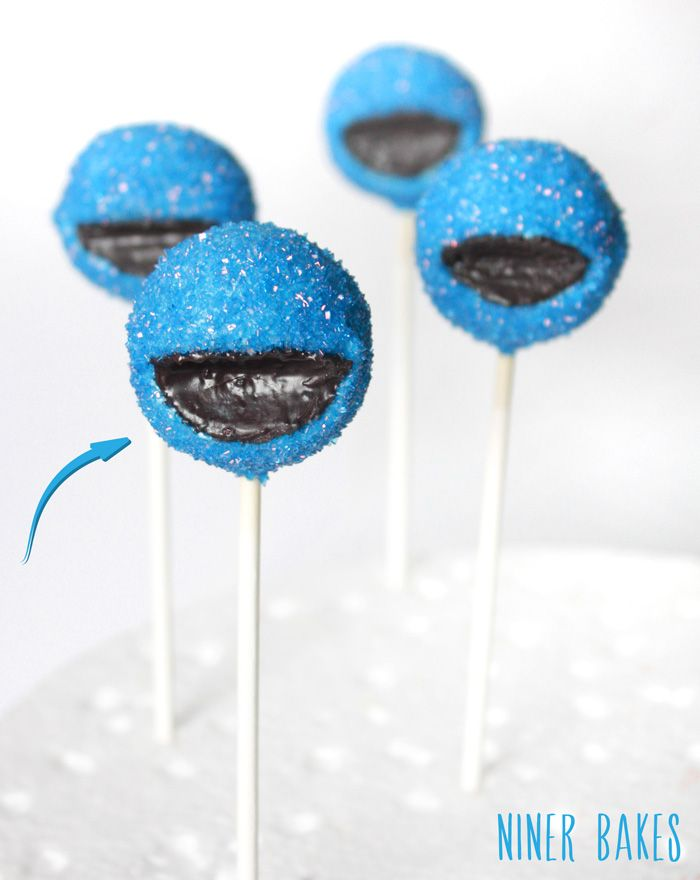 How to make Cookie Monster Cake Pops…with golden Leibniz cookie - by niner bakes