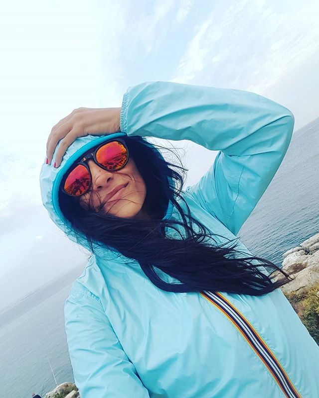 #kway #turchese #peniche #ocean #sunglasses #portugaltour #instalike #instagood