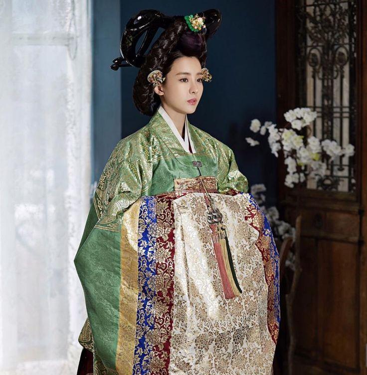한복 Hanbok : Korean traditional