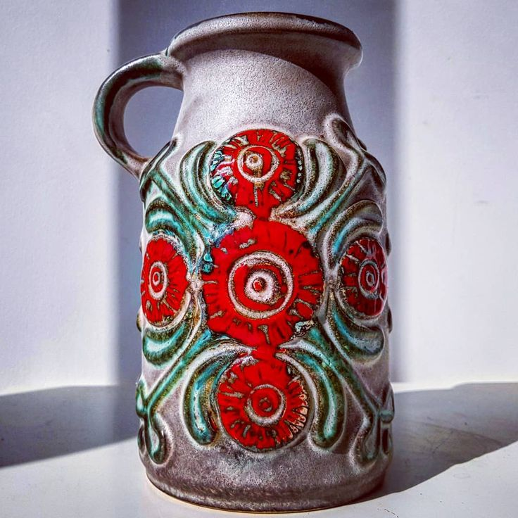 Matte gray with glossy red flowers U Keramik vase  #matte #gray #fatlava #glossy #red #green #flowers #handled #u #keramik #ethnic #wgp #westgermanpottery #pottery #vase #flowers #midcentury #modern #vintage #retro #60s #70s #pottery #ceramic #vases #ubelacker #ukeramik