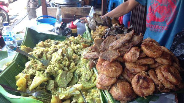 Wisata Kuliner di Bogor, Coba Soto Kuning yang Legendaris dan Terpopuler
