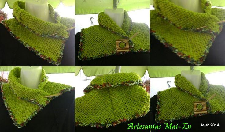 Cuello tejido a telar, 100% lana, teñido natural, con aplicaciones en lana de fantasia