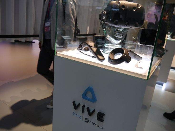 A possible tidbit of early sales data for one of 2016's flagship virtual reality systems: the HTC-Valve Vive has apparently racked up more than 15,000..